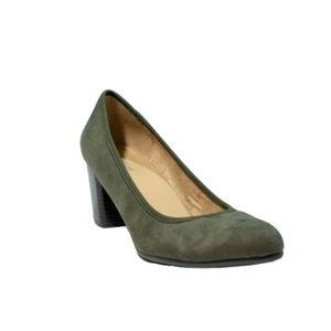 Naturalizer Naomi Green Block Heel Pumps Size 7